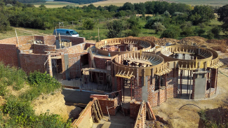 Földház-Dombház-Hobbitház - Építés folyamatban